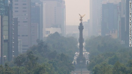 View of smog in  Mexico City on July 2, 2016.  Authorities announced recently new measures to combat an increase in air pollution in Mexico City, as officials reported an increase in related ailments such as asthma. Ozone levels surged in March, prompting authorities to declare the first air pollution alert in more than a decade. / AFP / HECTOR GUERRERO        (Photo credit should read HECTOR GUERRERO/AFP/Getty Images)