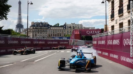 Renault eDams driver Sebastien Buemi clinched a fifth win in six races at Saturday's Paris ePrix