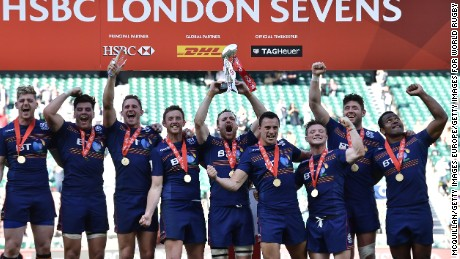 LONDON, ENGLAND - MAY 21: Scotland celebrate after winning the HSBC London Sevens tournament at Twickenham Stadium on May 21, 2017 in London, United Kingdom. (Photo by Charles McQuillan/Getty Images for World Rugby)
