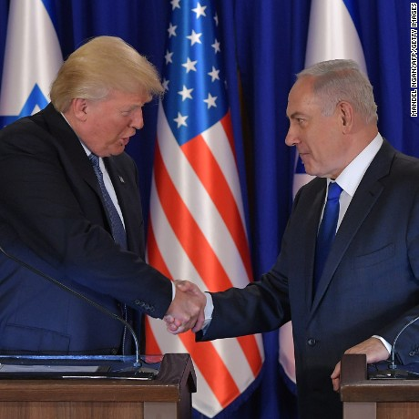 US President Donald Trump and Israel's Prime Minister Benjamin Netanyahu shake hands after delivering press statements before an official dinner in Jerusalem on May 22, 2017. (MANDEL NGAN/AFP/Getty Images)