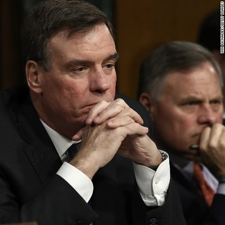 WASHINGTON, DC - MARCH 30:  Senate Select Intelligence Committee Chairman Sen. Richard Burr (R) (R-NC) and ranking member Sen. Mark Warner (L) (D-VA) listen to testimony during a hearing of the Senate Select Intelligence Committee March 30, 2017 in Washington, DC.  (Win McNamee/Getty Images)