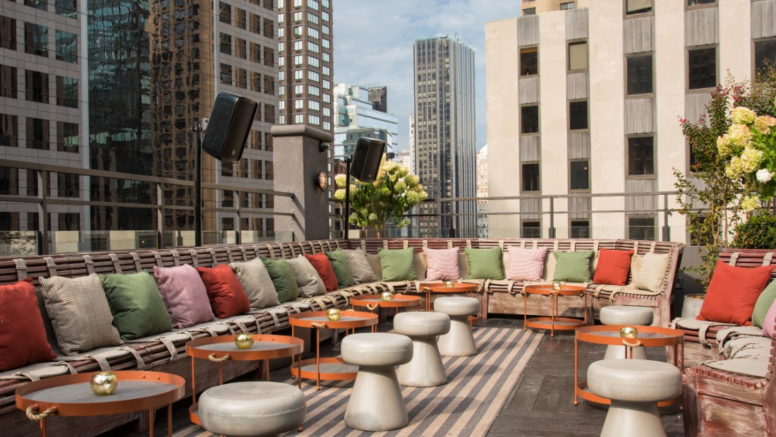 New york city 39 s best rooftop bars for Rooftop bar and terrace