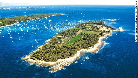 Îles de Lérins: A serene getaway from Cannes.