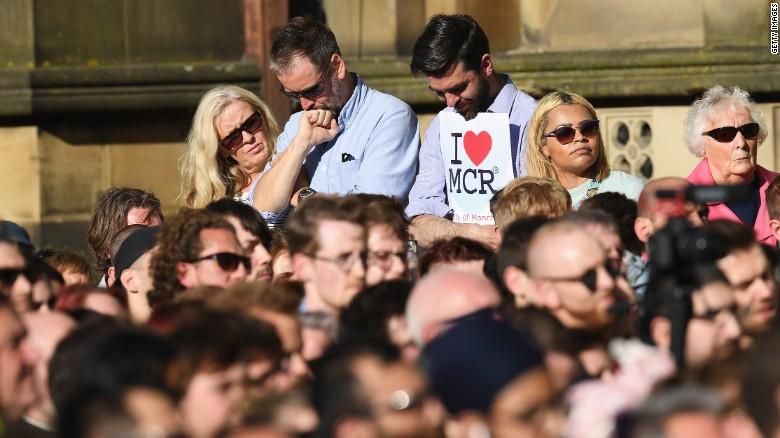 Calls for unity at Manchester vigil