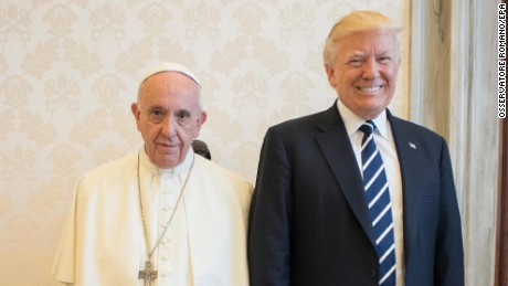 epa05985803 A handout picture provided by the Vatican newspaper L'Osservatore Romano shows Pope Francis (L) posing with US President Donald J. Trump on the occasion of their private audience, at the Vatican, 24 May 2017. Trump is at the Vaican and in Italy on a two day visit, ahead of his participation in a NATO summit in Brussels on 25 May.  EPA/OSSERVATORE ROMANO/HANDOUT  HANDOUT EDITORIAL USE ONLY/NO SALES
