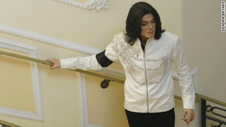 Navi in 'Michael Jackson: Searching for Neverland'