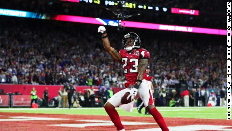 HOUSTON, TX - FEBRUARY 05:  Robert Alford #23 of the Atlanta Falcons celebrates after scoring a touchdown on a 82 yard interception against the New England Patriots in the second quarter during Super Bowl 51 at NRG Stadium on February 5, 2017 in Houston, Texas.  (Photo by Tom Pennington/Getty Images)