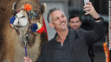 Walkers' spokesman Gary Lineker takes a selfie of his own during the launch of an earlier promotional campaign for the British snack maker.