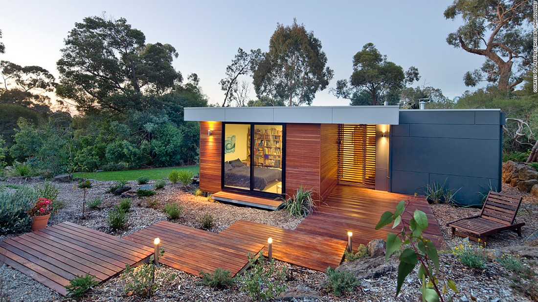 "Australian company <a href=""http://www.prebuilt.com.au/our-houses/pre-designed/eve/"" target=""_blank"">Prebuilt </a>offers custom modular homes, as well as four predesigned models conceived by architecture firm Pleysier Perkins. The Eve model is available in seven different configurations and features a large covered outdoor entertaining area.<br />"