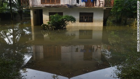 Death toll from Lanka floods rises to 150