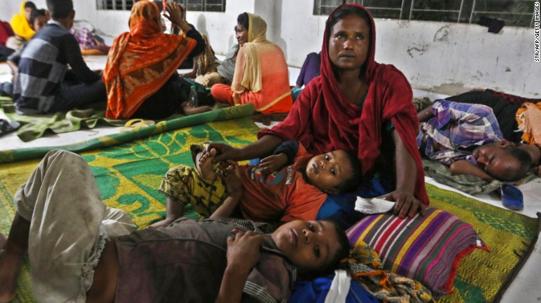 Nearly 300,000 people were evacuated as Cyclone Mora barrelled towards Bangladesh's southeastern coast at speeds of more than 85 kilometres (53 miles) per hour, officials said.