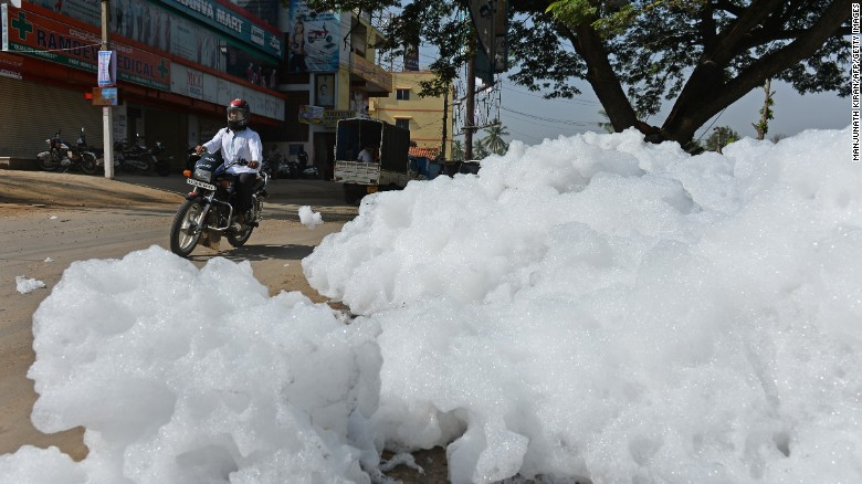 Indian lake spewing out toxic foam