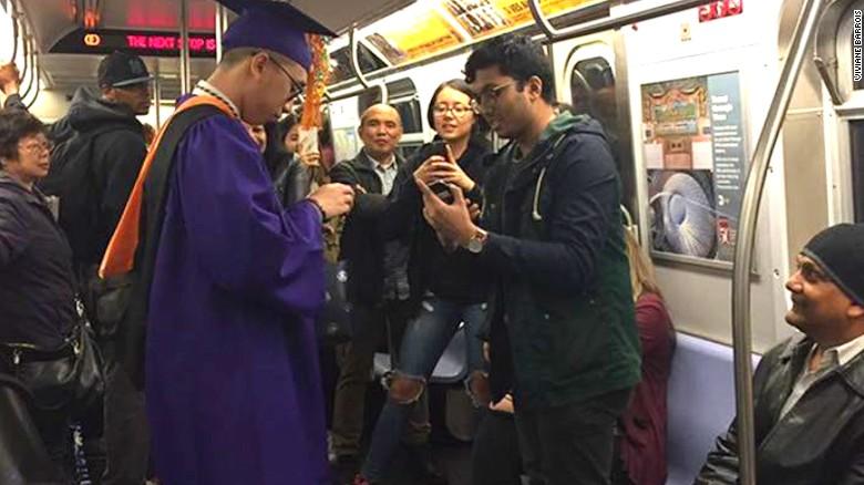 Stuck subway prompts NYC grad to hold underground ceremony
