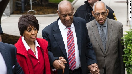 Bill Cosby, center, arrives with actress Sheila Frazier and Frazier's husband John Atchison, a celebrity hairstylist, for his sexual assault trial at the Montgomery County Courthouse in Norristown, Pa., Wednesday, June 7, 2017. (AP Photo/Matt Rourke)