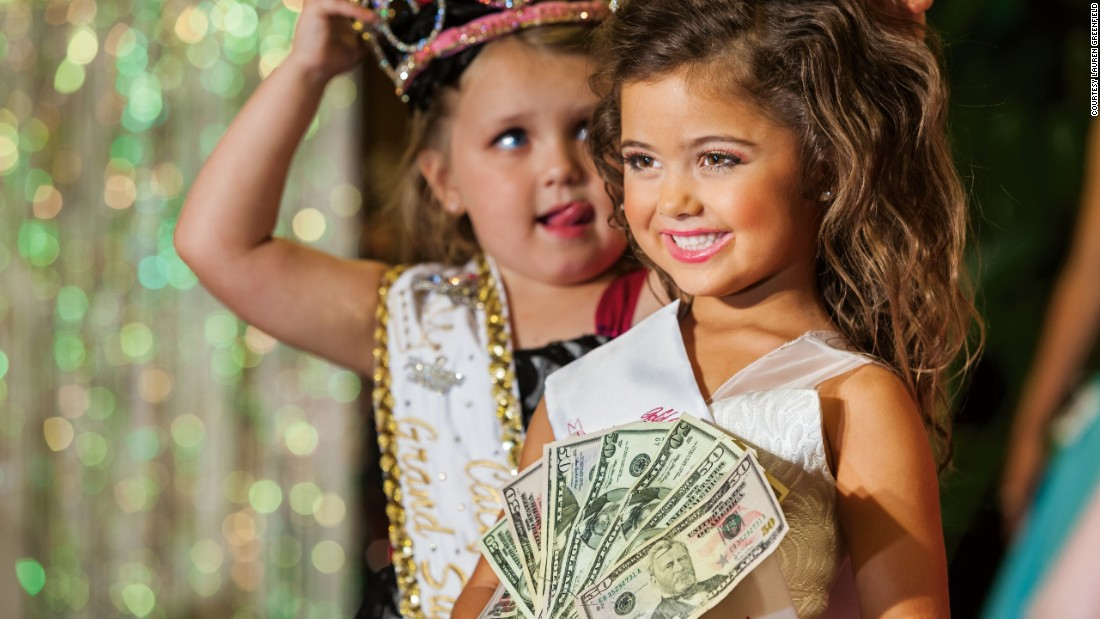 Making sense of Americas wealth obsession - CNN Style