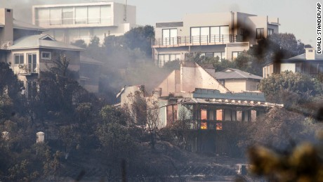 Homes Destroyed as Fires Rage in South Africa's Western Cape