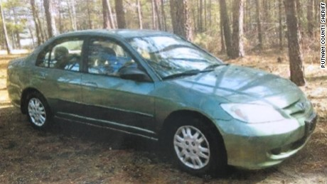 The escaped prisoners carjacked this 2004 Honda Civic, the Putnam County Sheriff's Office said.