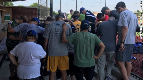 Rep. Kihuen tweeted this photo out with the following caption. .@HouseDemocrats praying for our @HouseGOP @SenateGOP baseball colleagues after hearing about the horrific shooting.