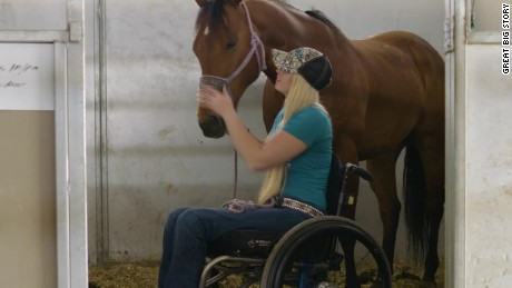 gbs paralyzed barrel racer_00015803.jpg