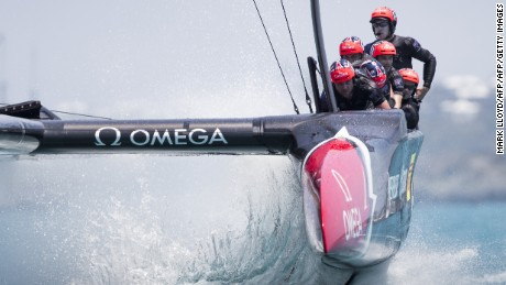 Emirates Team New Zealand, skippered by Peter Burling, races during the first race of the forth day of the Louis Vuitton Americas Cup Qualifiers on May 30, 2017 on Bermuda's Great Sound. / AFP PHOTO / Mark Lloyd        (Photo credit should read MARK LLOYD/AFP/Getty Images)