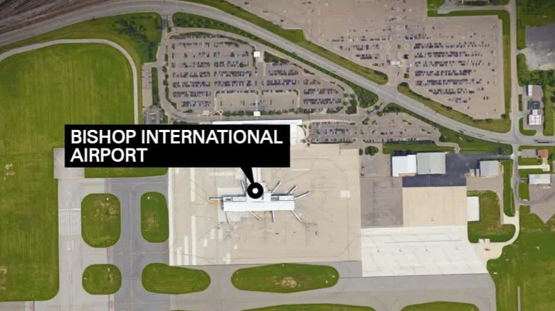 Timeline of events before, during Michigan airport stabbing