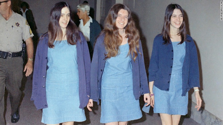 Susan Atkins (left), Patricia Krenwinkel (center) and Leslie Van Houten (right) walk to court in 1970.