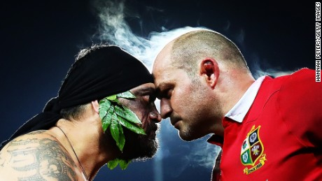HAMILTON, NEW ZEALAND - JUNE 20:  A Maori warrior presents the match Taiaha to Rory Best of the Lions after the match between the Chiefs and the British & Irish Lions at Waikato Stadium on June 20, 2017 in Hamilton, New Zealand.  (Photo by Hannah Peters/Getty Images)
