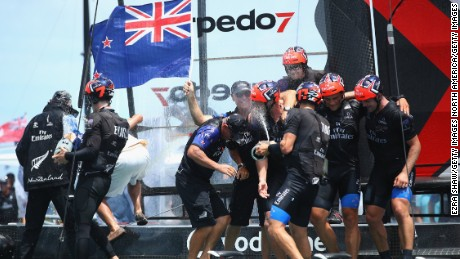 HAMILTON, BERMUDA - JUNE 26:  Emirates Team New Zealand helmed by Peter Burling celebrate after winning the America's Cup Match Presented by Louis Vuitton on June 26, 2017 in Hamilton, Bermuda.  (Photo by Ezra Shaw/Getty Images)