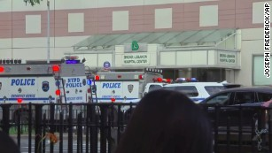 Doctor fatally shoots 1, wounds 6 at NYC hospital before killing himself
