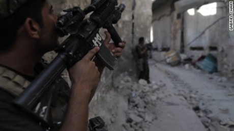 Coalition forces close in on ISIS strongholds