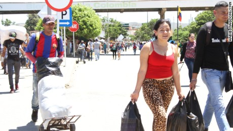 Katiuska Reyes crosses back into Venezuela after buying supplies.