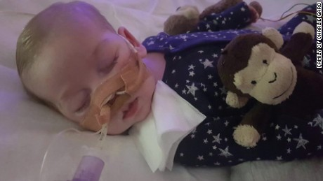 Pope's hospital offers to take in baby Charlie Gard