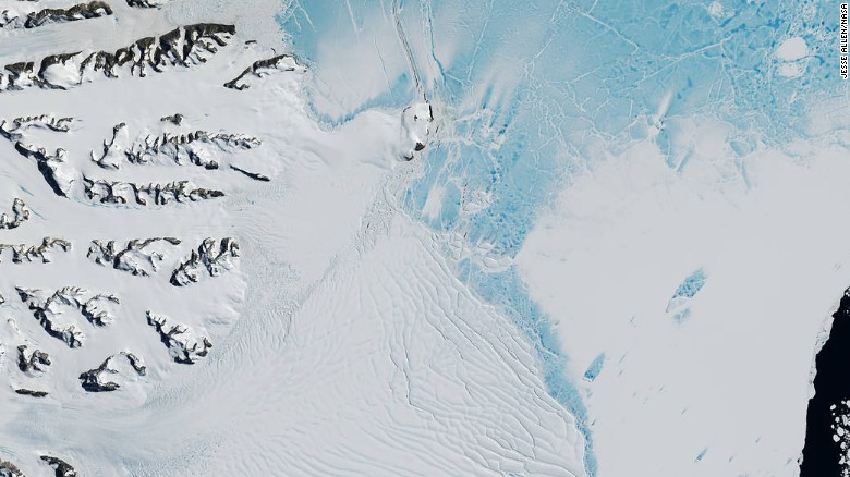 A photo of the now 200km cleave that will split Larsen C off its greater ice shelf, November 2016. Just 5 km of connection remains.