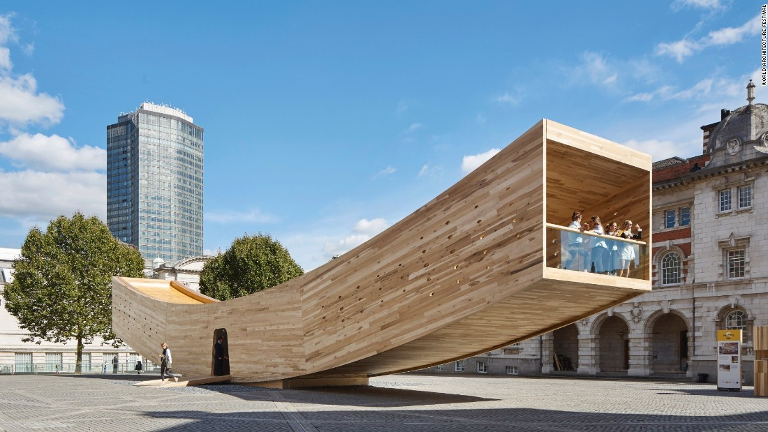 Initially revealed as part of the 2016 London Design Festival, The Smile is constructed using American tulipwood, a material said to be stronger than concrete.