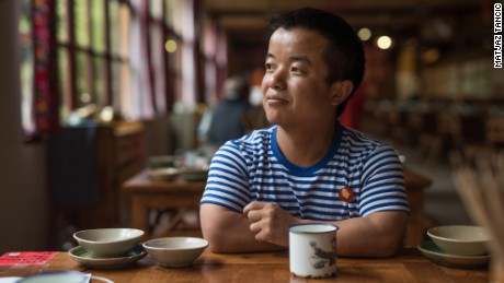 Yang Qianjun used to work as a performer in the kingdom but left to become a restaurant host in the city of Kunming.