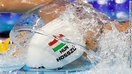 WINDSOR, CANADA - DECEMBER 10:  Katinka Hosszu of Hungary competes in the 200m Individual Medley final on day five of the 13th FINA World Swimming Championships (25m) at the WFCU Centre on December 10, 2016 in Windsor Ontario, Canada.  (Photo by Gregory Shamus/Getty Images)