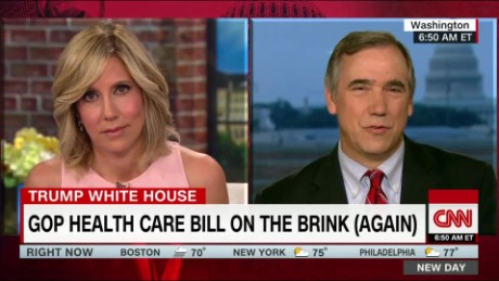 Merkley: Conservatives warming to idea of single-payer health insurance