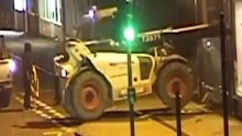 Watch thieves use digger to steal ATM