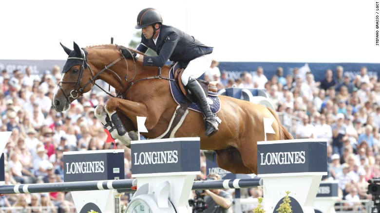 LGCT and GCL Chantilly: Smoulders stands alone