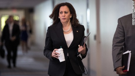 Kamala Harris to co-sponsor Bernie Sanders' single-payer health care bill