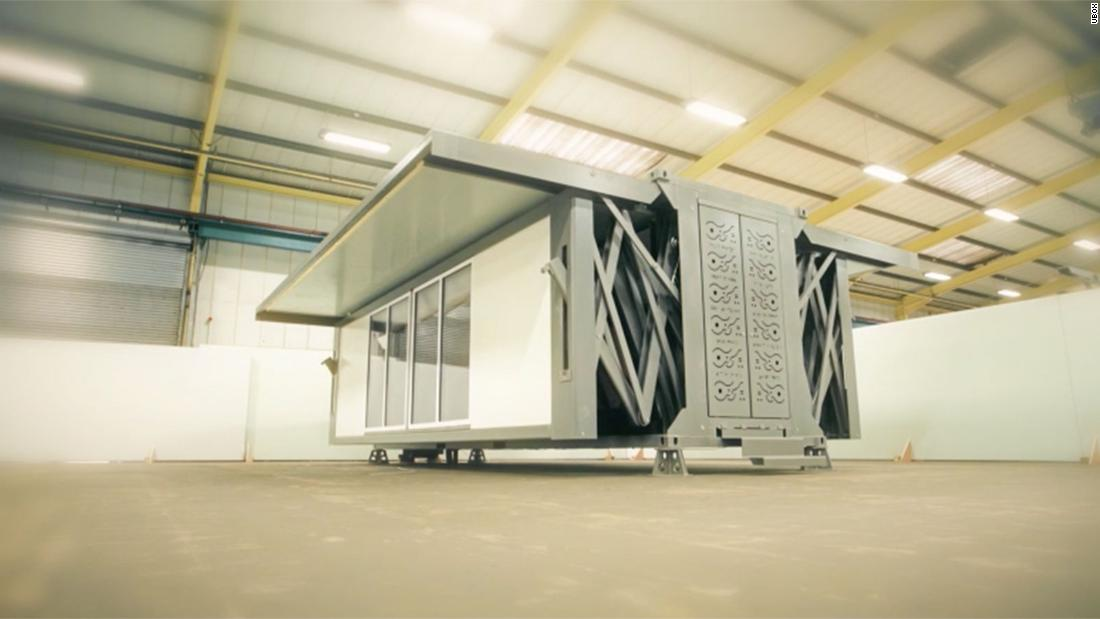 "<a href=""https://www.tenfoldengineering.com"" target=""_blank"">Ten Fold Engineering</a> has revealed the uBox -- a portable building that can assemble itself automatically,<strong> </strong>without the need for foundations or heavy machinery."