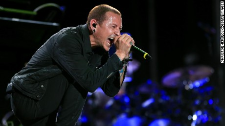 LAS VEGAS, NV - MAY 09:  Singer Chester Bennington of Linkin Park performs onstage during Rock in Rio USA at the MGM Resorts Festival Grounds on May 9, 2015 in Las Vegas, Nevada.  (Photo by Christopher Polk/Getty Images)