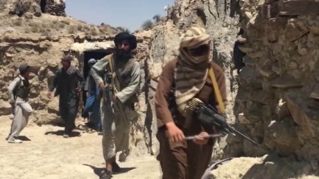 Afghanistan, US claim Russia arming Taliban