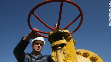 cnnmoney russia natural gas