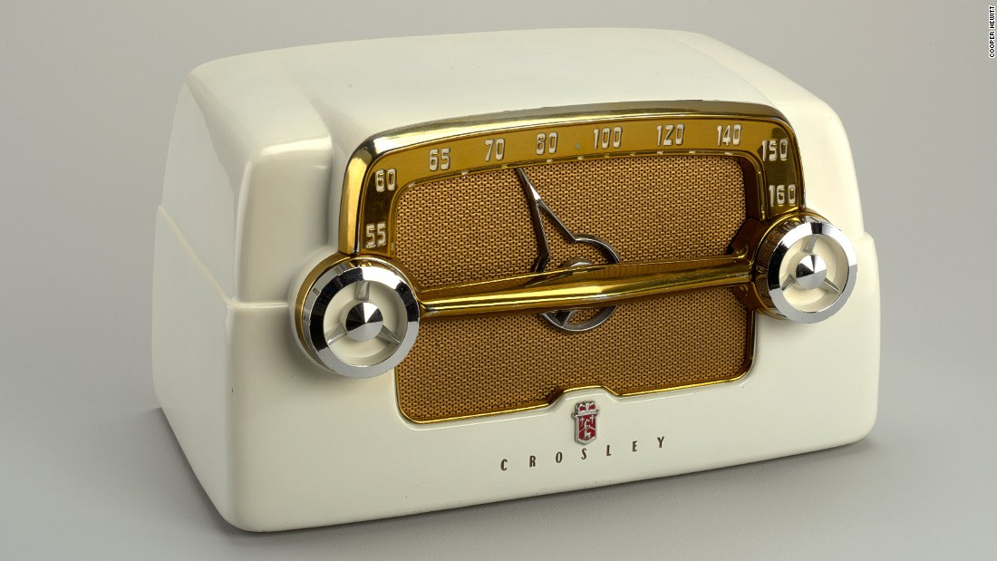 This Crosley radio might look retro now, but at the time it was the height of chic, taking influence from the automobile.