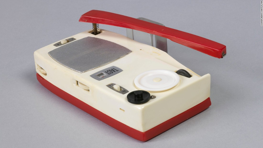 When it first came out in 1962, this radio/phonograph was widely advertised as the smallest and lightest of its type.