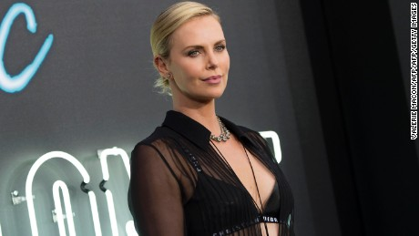 Actress Charlize Theron attends the Premiere of Atomic Blonde at the Ace Theater, on July 24, 2017, in Los Angeles, California. / AFP PHOTO / VALERIE MACON        (Photo credit should read VALERIE MACON/AFP/Getty Images)