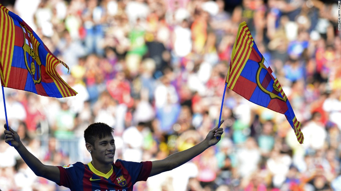 In June 2013, Neymar was unveiled as Barcelona's new star signing.
