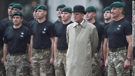 LONDON, ENGLAND - AUGUST 2:  Prince Philip, Duke of Edinburgh, in his role as Captain General, Royal Marines, makes his final individual public engagement as he attends a parade to mark the finale of the 1664 Global Challenge, on the Buckingham Palace Forecourt on August 2, 2017 in London, England. (Photo by Hannah McKay - WPA Pool/Getty Images)