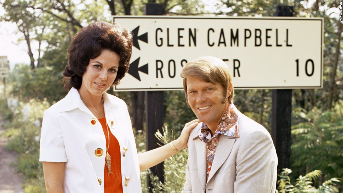 Campbell and his second wife, Billie Jean Nunley, visit the village-borough of Glen Campbell, Pennsylvania, in 1971.